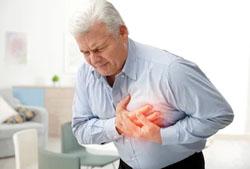 Una persona sufriendo una Insuficiencia Cardíaca