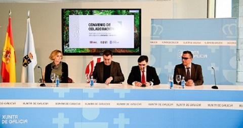 Momento de la firma del convenio entre ambas entidades para hacer más accesible el Camino Francés de Santiago