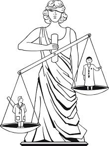 dibujo de mujer representando la justicia y blanza entre médico bueno y médico con sierra escondida en la espalda