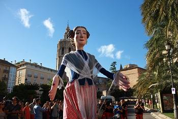 Muñeca fallera de las Fiestas de Valencia, ayuntamiento de Valencia