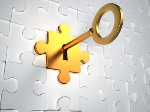 llave en puzzle