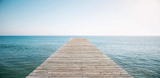 Rampa hacia la playa. OMT y destinos turísticos