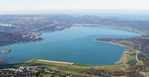 Vista panorámica del Lago de As Pontes en Galicia