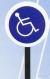 Señal de reservado el aparcamiento para discapacitados