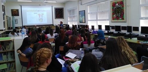 Adolescentes en el programa #Descubre de Salud Mental España