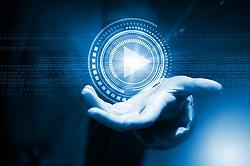 Una mano con un símbolo de play de un vídeo imagen de proyectos de accesibilidad